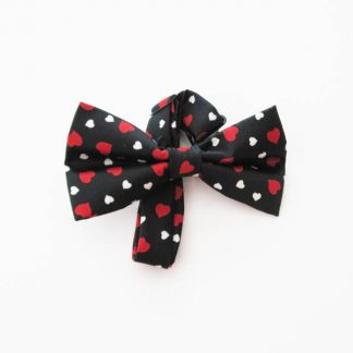 White, Red Hearts on Black Men's Band Bow Tie 3380-0