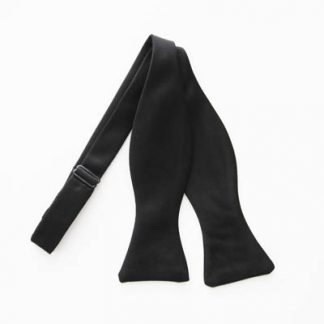 Black Solid Self Tie Bow Tie 7820-0